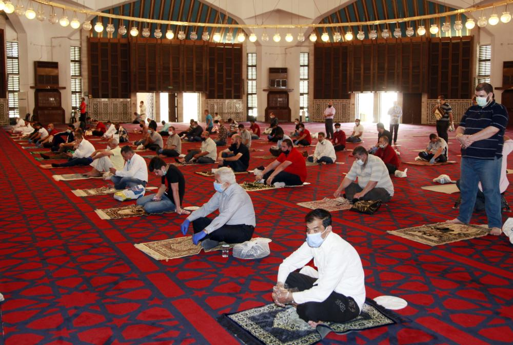 Mosques to open for Friday prayer between 12:20pm-1:20pm
