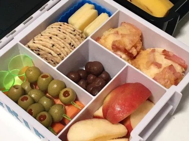 Mum abused at school gates by fellow parent over contents of her son's lunchbox