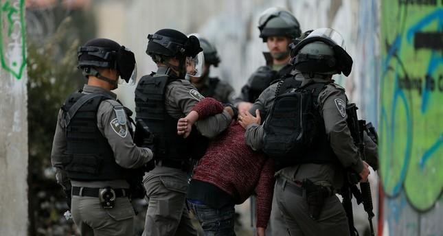 Israeli forces arrest 17 Palestinians in West Bank