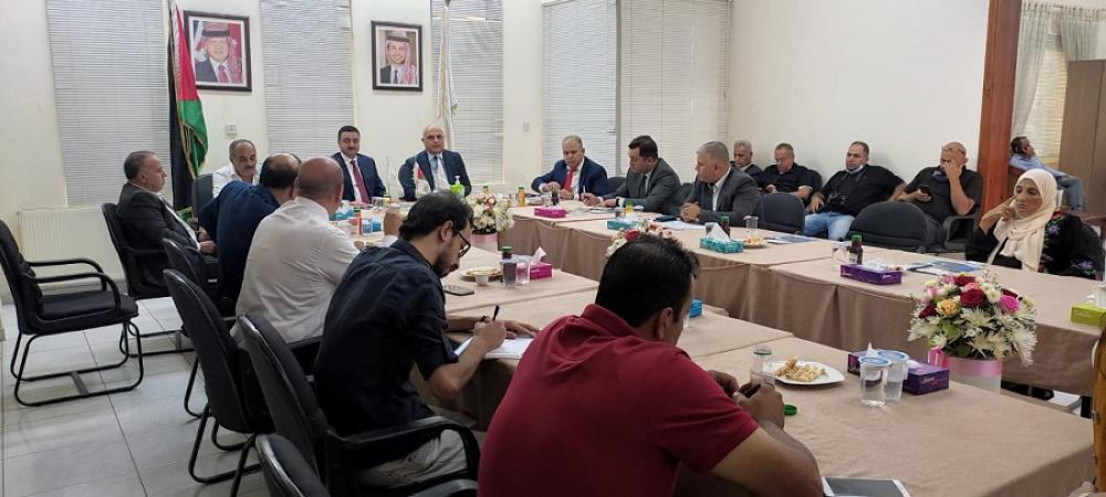 Al-Otoum briefs Azerbaijani envoy on investment opportunities in Irbid
