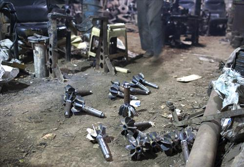 Mortar rounds belonging to Syrian opposition forces (photo: The New York Times - Tyler Hicks)