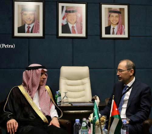 Arab leaders: We'll try to relaunch Israeli-Palestinian peace talks