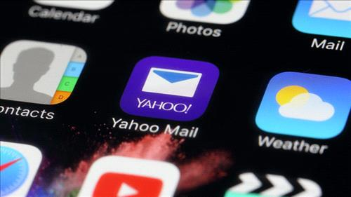 Verizon takes over Yahoo to complete $4 5 billion deal | Business