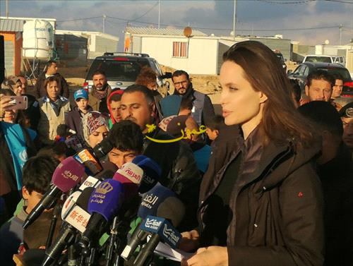 Angelina Jolie Visits Syrian Refugee Camp With Daughters Shiloh and Zahara