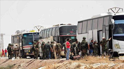 Thousands of Syrian rebels and civilians to leave Eastern Qalamoun