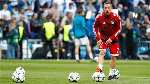 Veteran Ribery signs 1-year extension with Bayern