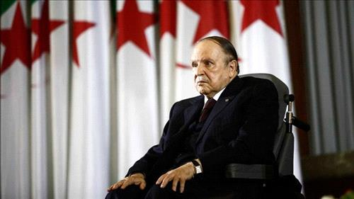 Algeria army chief demands Bouteflika be declared unfit now
